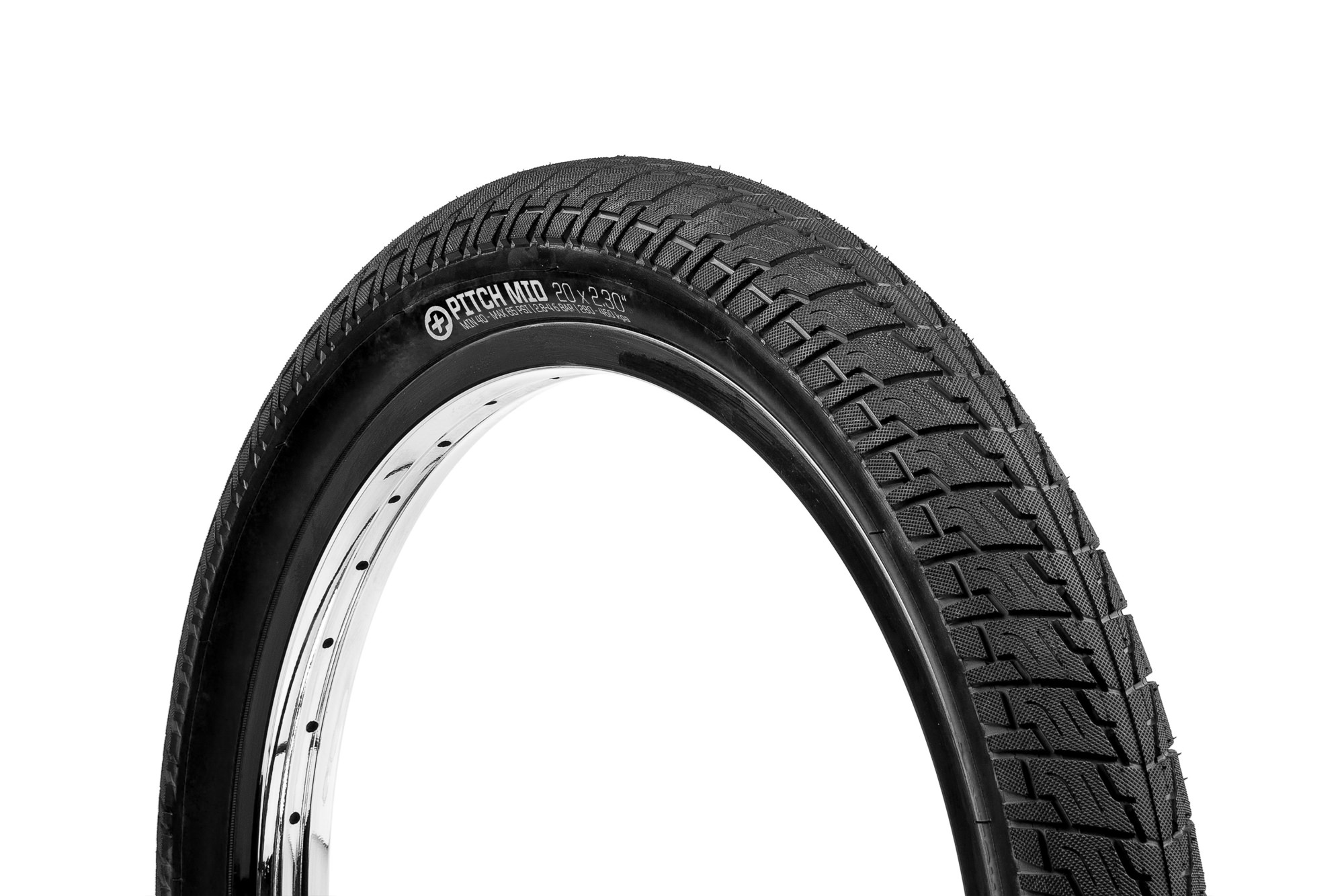 SaltPlus_Pitch_Mid_tire_black_01