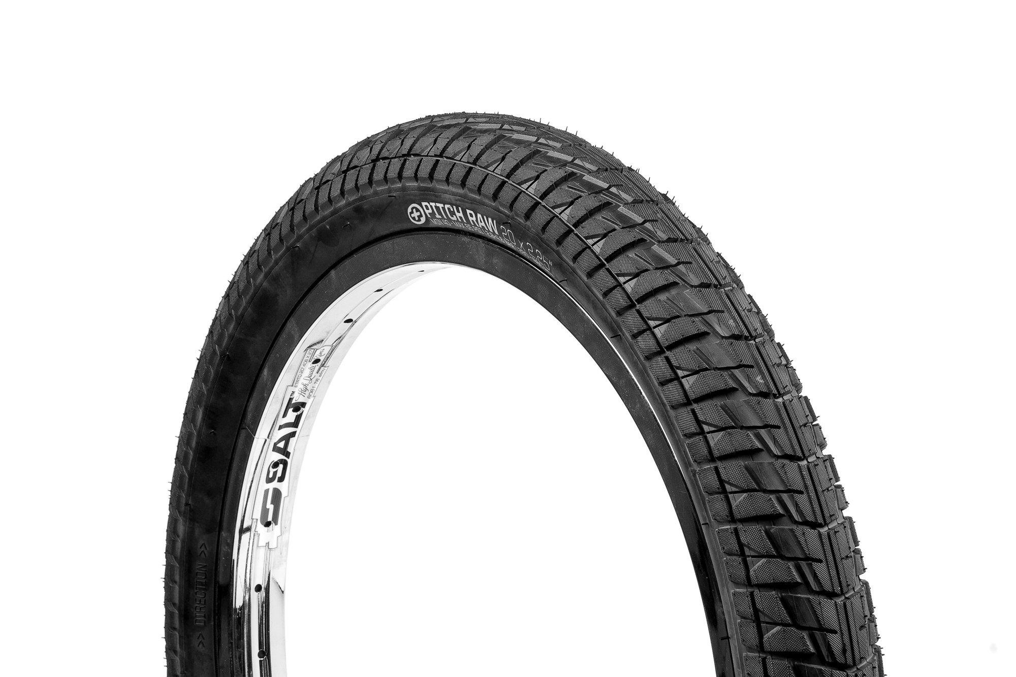 SaltPlus_Pitch_Raw_tire_black_01