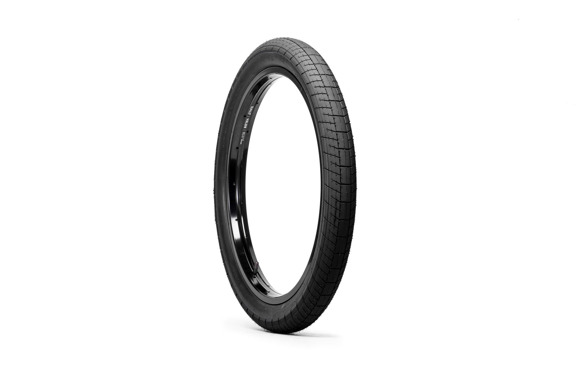 SaltPlus_Sting_tire_black_04
