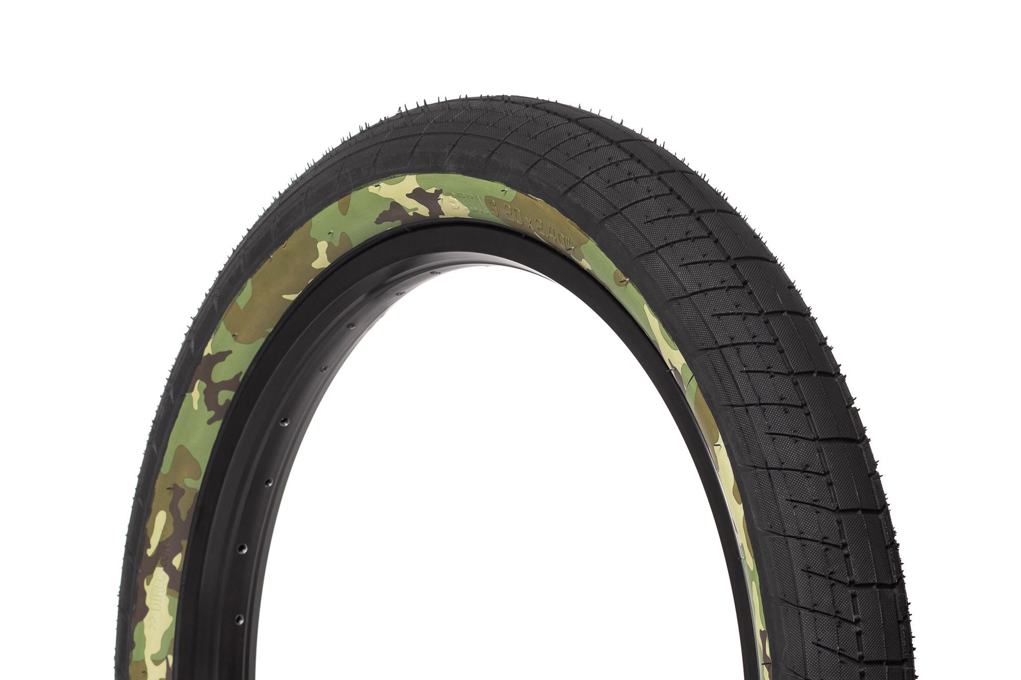 SaltPlus_Sting_tire_black_camo-03
