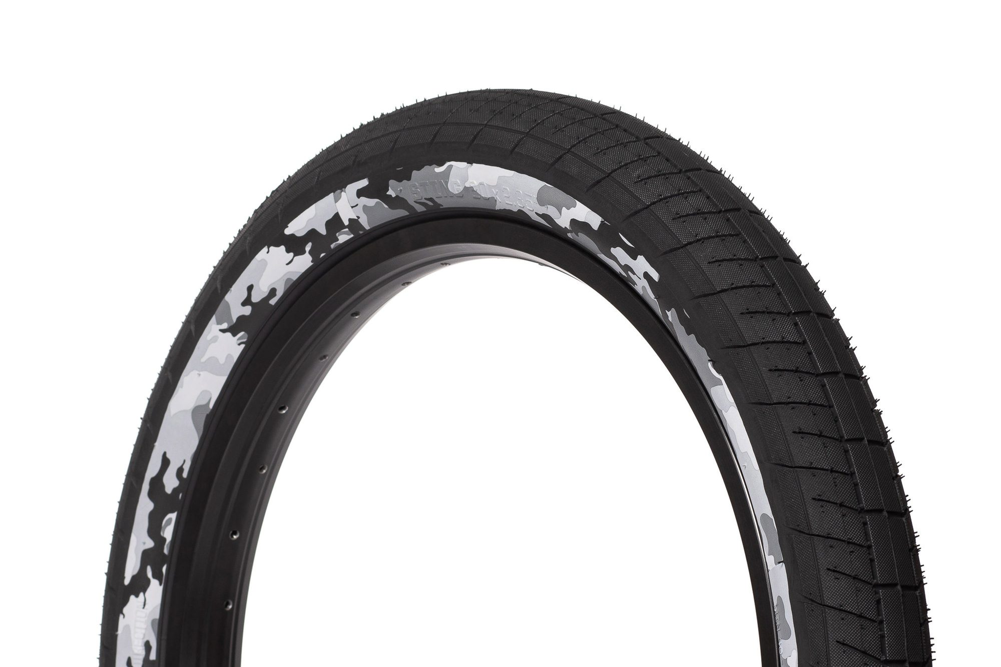 SaltPlus_Sting_tire_black_snow_camo-05