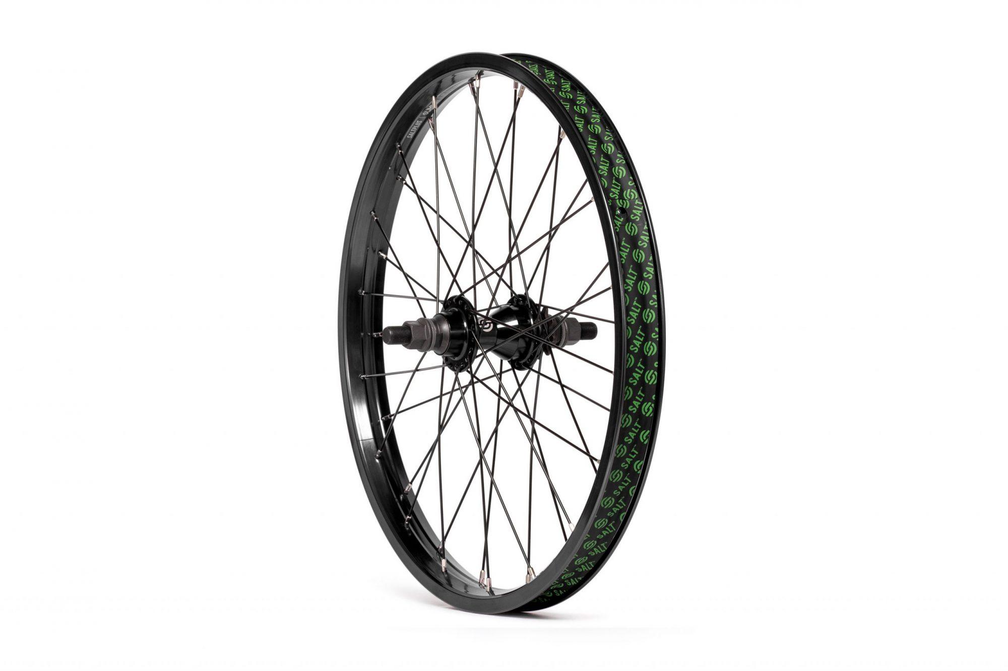 Salt_Everest_CS_rear_wheel_black_02