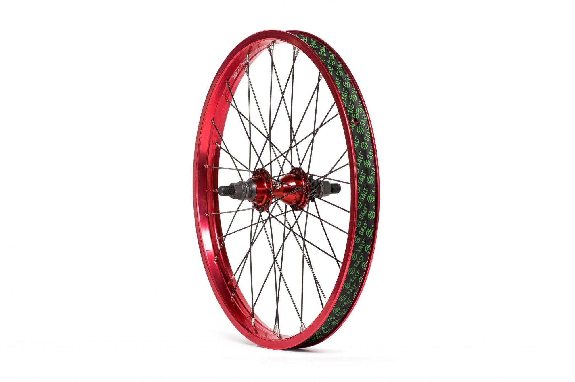 Salt_Everest_CS_rear_wheel_red_01