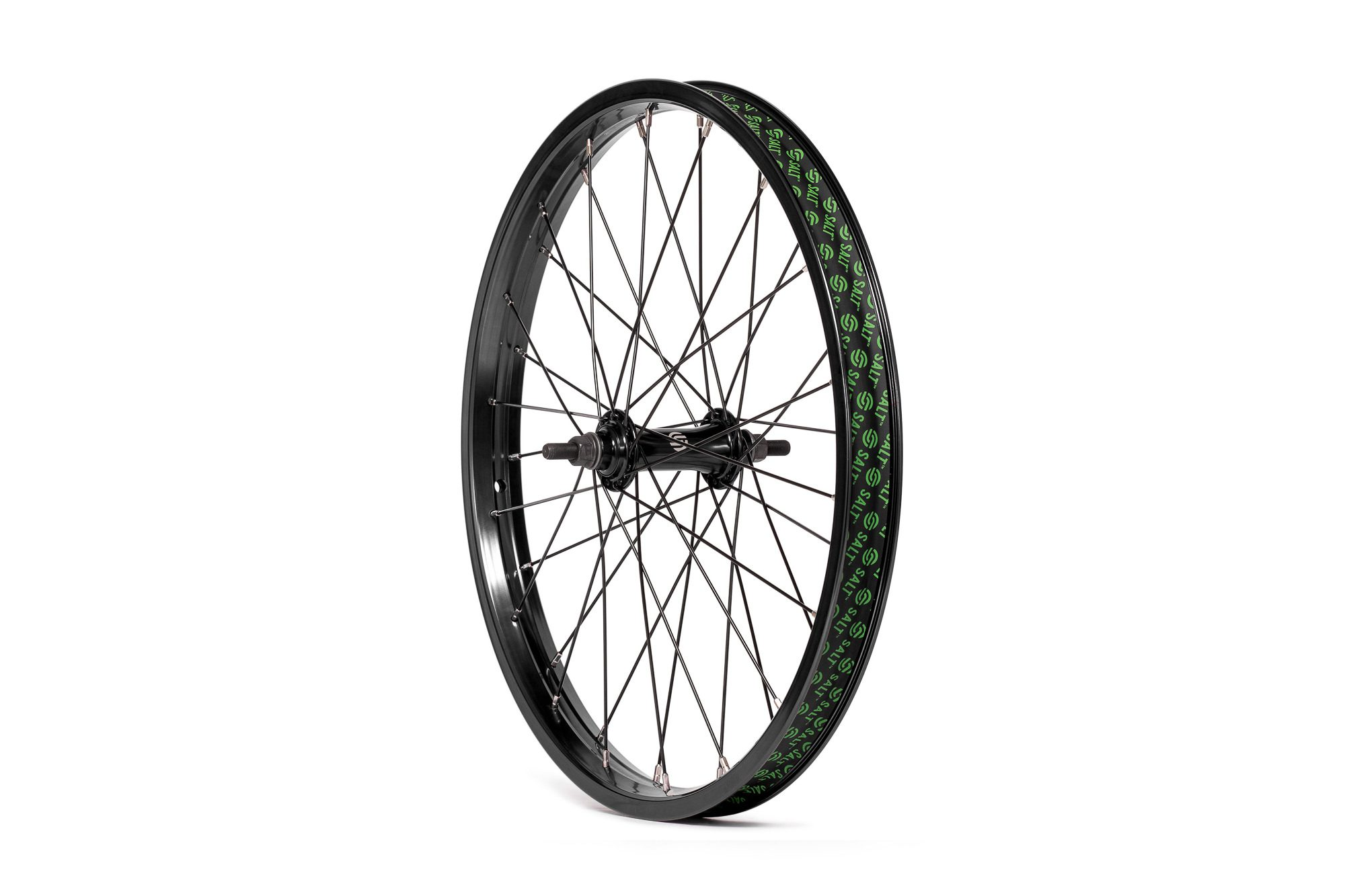 Salt_Everest_front_wheel_black_02